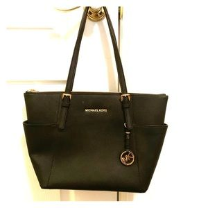 Michael kors saffiano leather